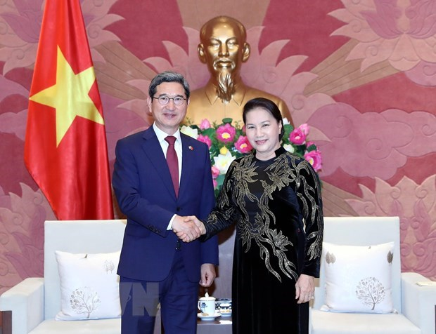 Vietnam ready to talk partnership elevation with RoK: top legislator