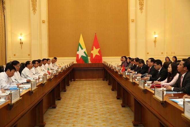 Vietnam wishes to unceasingly develop ties with Myanmar: Deputy PM