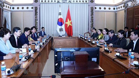 Ho Chi Minh city boosts cooperation with Korean province