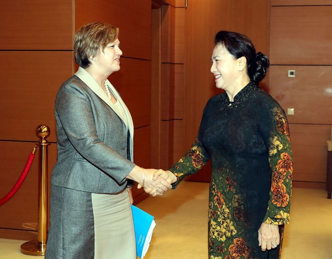 Top legislator hails UNICEF's support of child protection in Vietnam