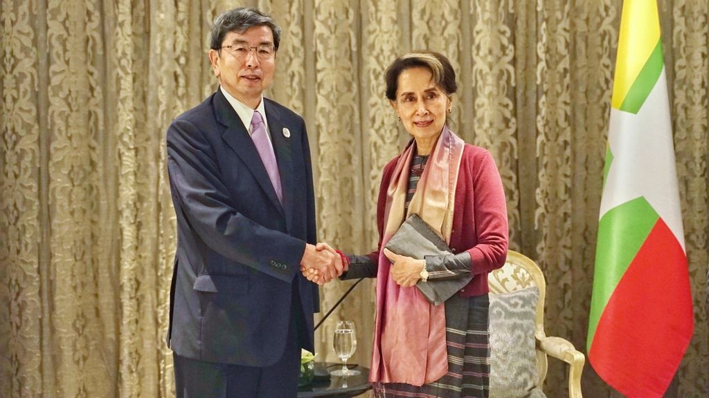 Myanmar State Counselor and ADB President discuss operations in Myanmar