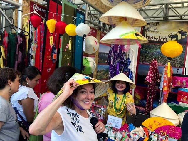 Vietnam leaves impression at 2019 International Friendly Cultures Fair