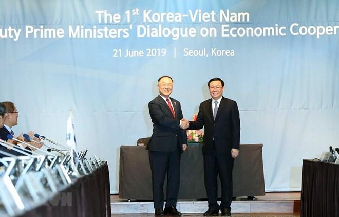 Vietnam, RoK hold first deputy PM economic dialogue