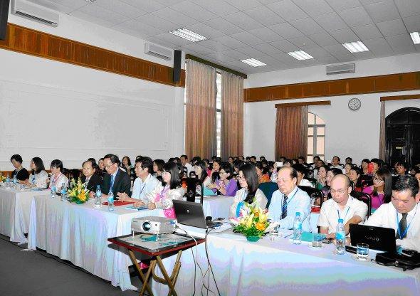 Over 80 Vietnamese teachers attend the Korean studies workshop