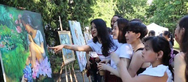 Vietnam participates in Warsaw International Festival