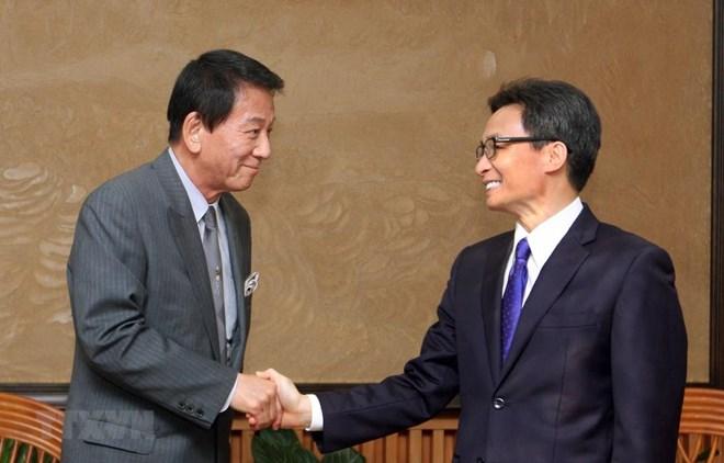 Deputy PM lauds efforts by Vietnam – Japan Special Ambassador