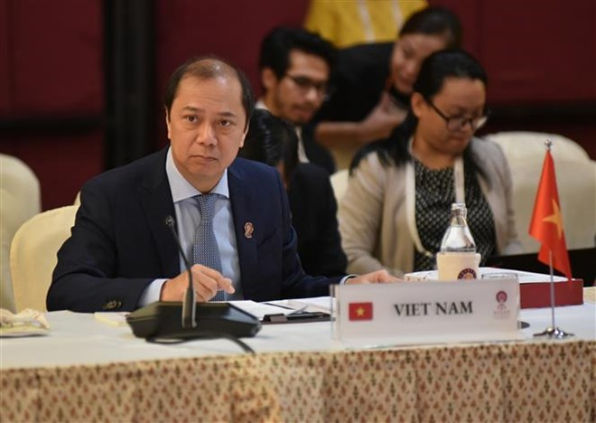 Vietnam attends ASEAN SOM ahead of AMM-52