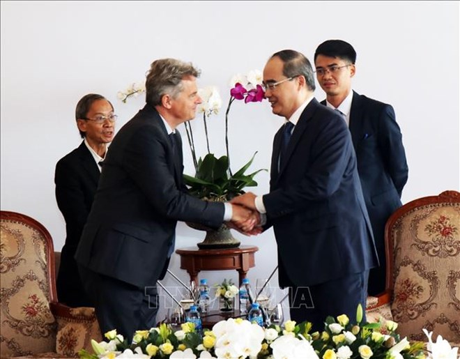 Ho Chi Minh city leader hosts French Communist Party Secretary