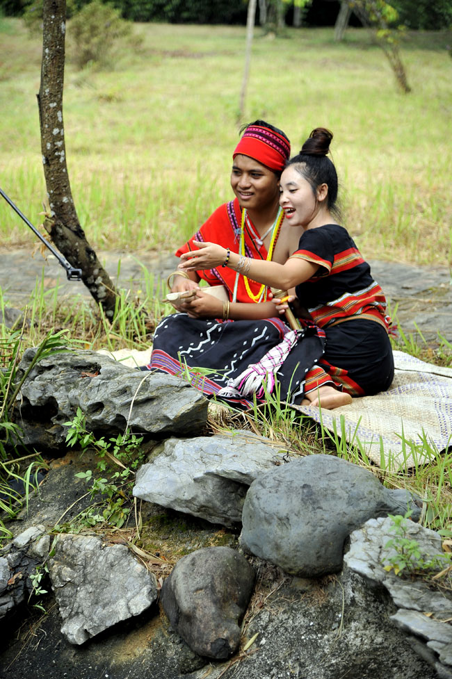 The traditional custom of Pa Co ethnic group in Thua Thien – Hue province