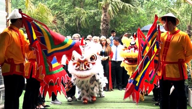 Impressive Vietnam Cultural Festival in Lyon city