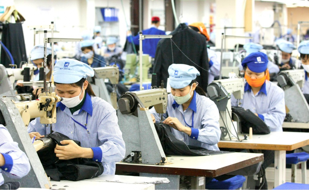 Garment and textile export bags nearly USD18 billion