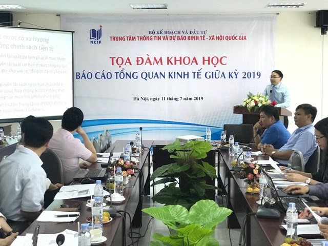 Economists: Vietnamese economy could grow by 6.86 percent in 2019