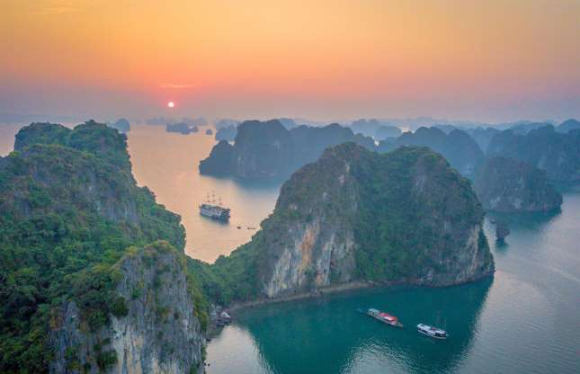 Ha Long bay: One of MSN's most stunning sunrise spots