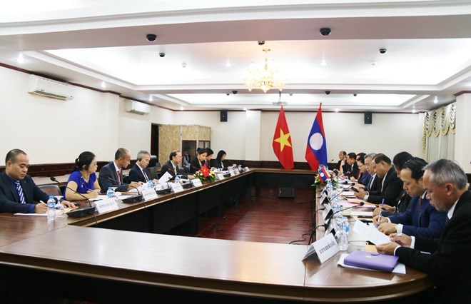 Vietnam, Laos hold fourth political consultation in Vientiane
