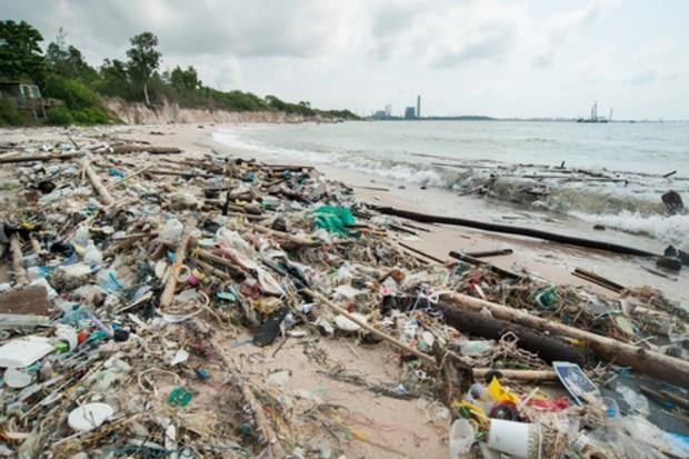 Thailand reduces use of 1.5 billion plastic bags over past year