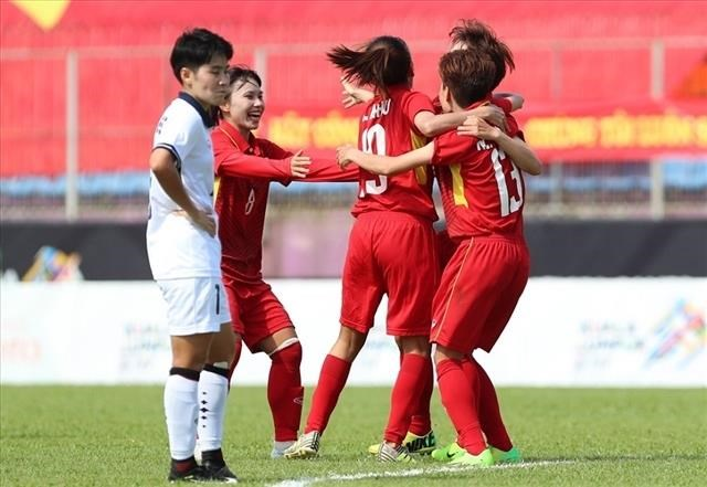 Vietnam to face Philippines in AFF women's football champs semi-finals