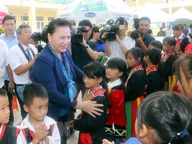 Top legislator visits mountainous commune in Quang Ninh province