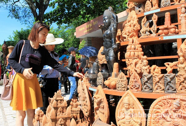 Khanh Hoa welcomes over 4 million tourists