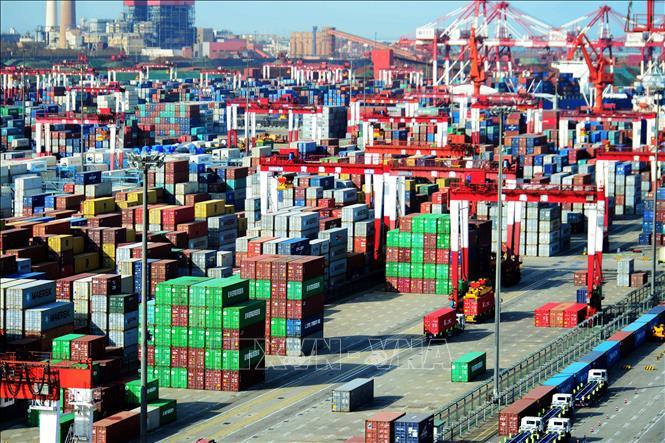 IMF warns China's economic growth to slow