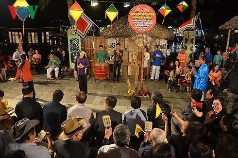 Bai choi singing promoted