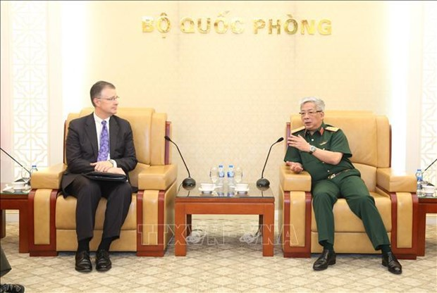 Vietnam, US step up defence ties