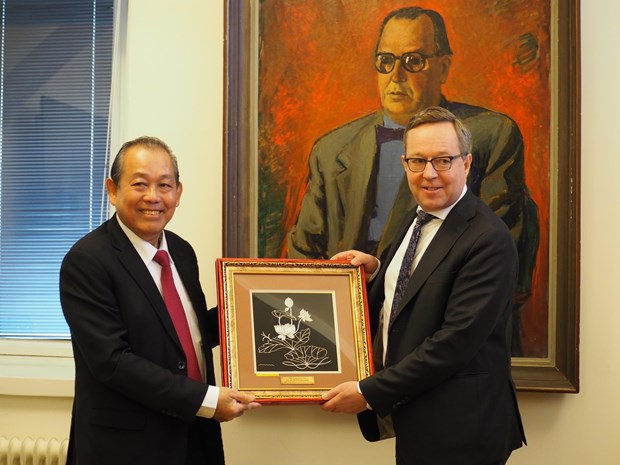 Vietnam, Finland discuss measures to advance relations
