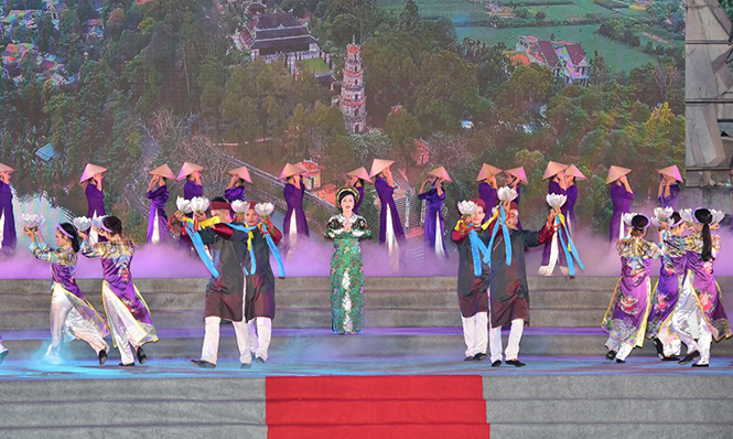 Festival performs national intangible cultural heritages