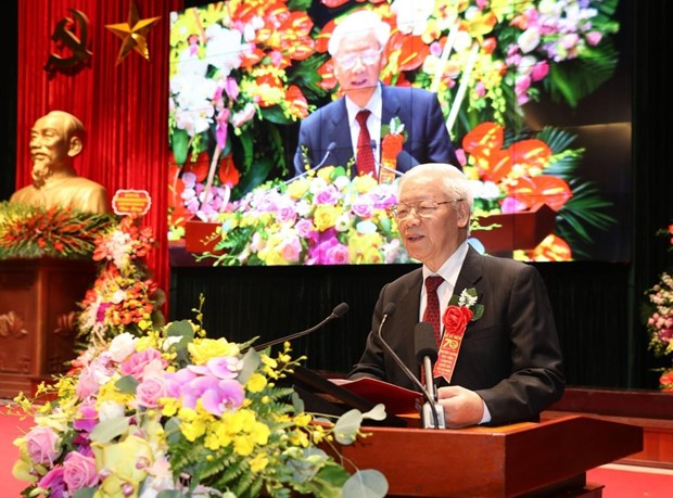 Top leader asks academy of politics to build development strategy