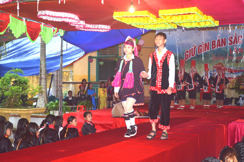 Bringing ethnic culture into schools in districts in Quang Ninh