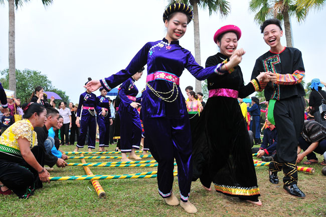 October activities at Vietnam National Village for Ethnic Culture and Tourism