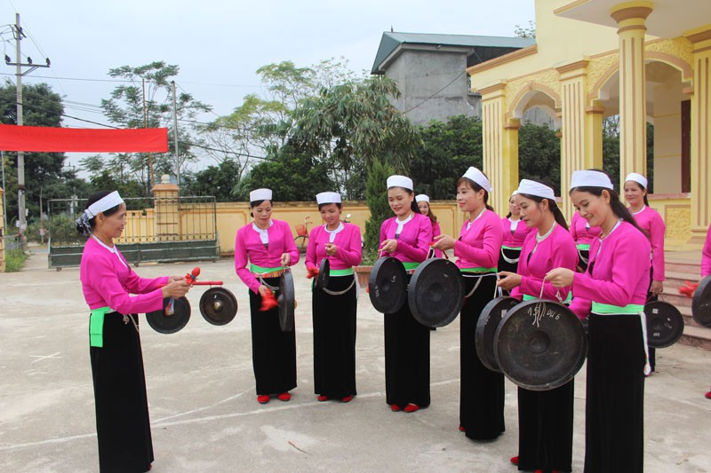 Experiencing Muong ethnic culture at Hoa Binh Cultural and Tourism Week 2019
