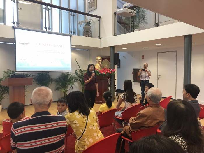 Vietnamese-language class opened in Netherlands