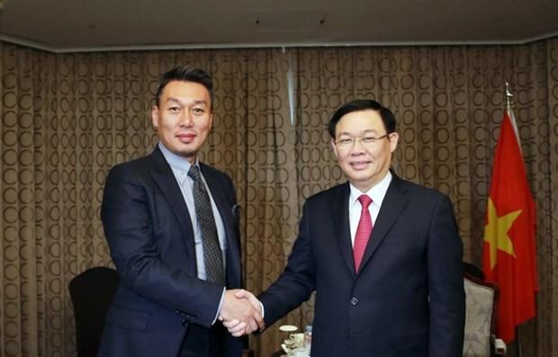 Deputy PM: Vietnam wants to follow RoK's cashless model