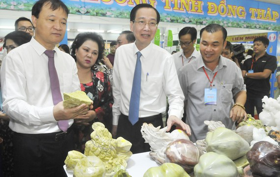 Ho Chi Minh city connects goods supply-demand with 45 localities