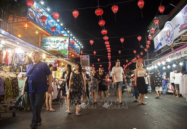 Vietnam welcomes 12.9 million foreign tourists in 9 months