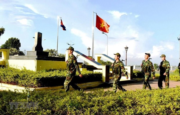 Vietnam, Cambodia work to build common border of peace