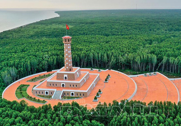 Hanoi flag tower at Ca Mau cape to be inaugurated early December