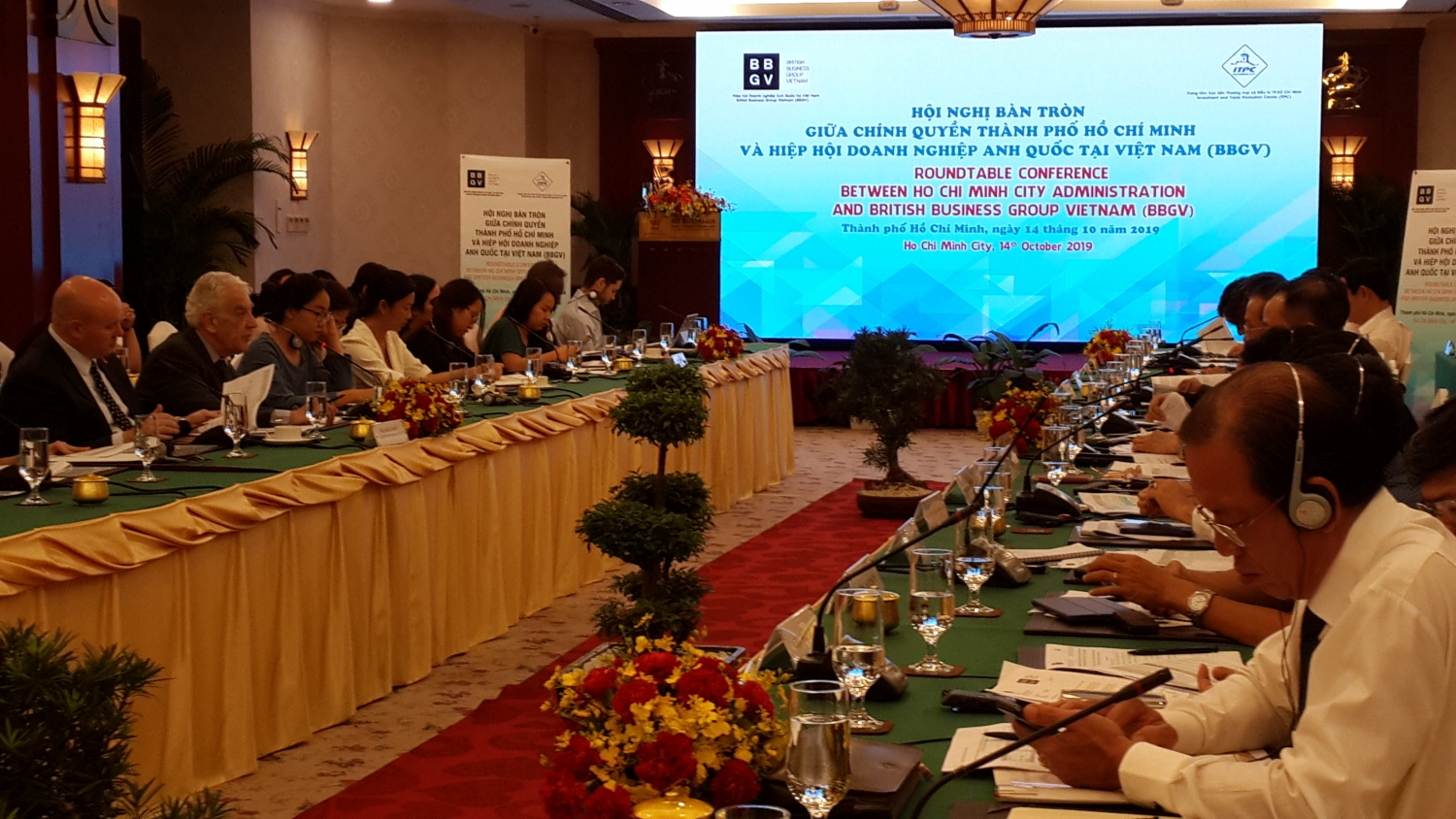 Ho Chi Minh city supports UK businesses to settle difficulties