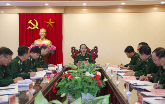 Completing document edition for 15th Border Guard Party Congress