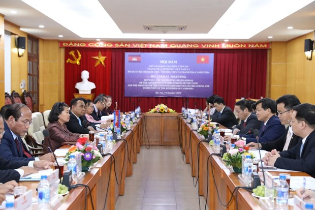 Vietnam, Cambodia share experience in inspection