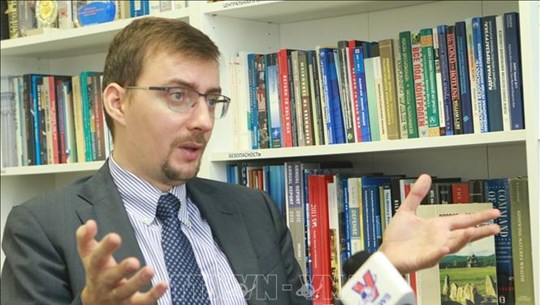Vietnam - a natural partner in Russia's look east policy: Russian expert