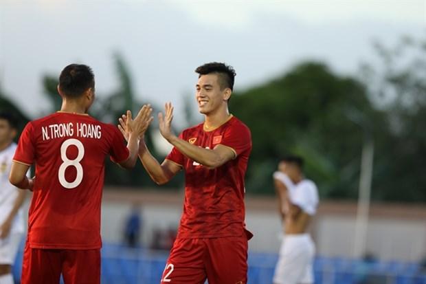 Vietnam trounce Laos 6-1 at SEA Games 30