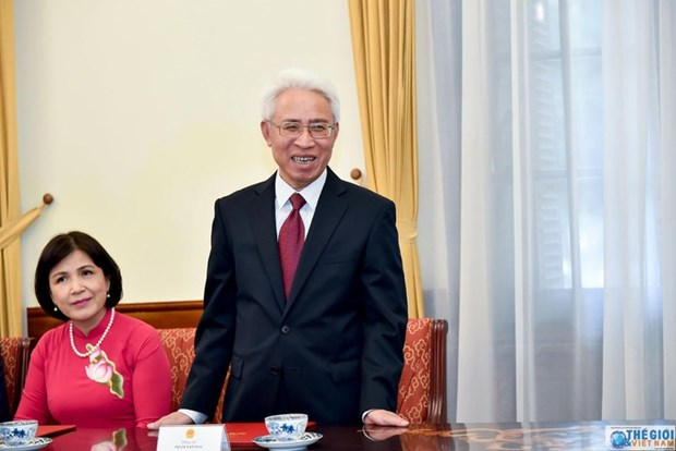 Vietnamese Ambassador to China presents credentials