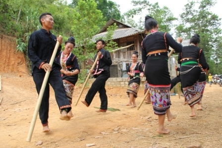 Introducing music of Khomu people from Nghe An and Dien Bien provinces