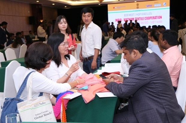 Vietnam, India enhance closer cooperation in textile sector