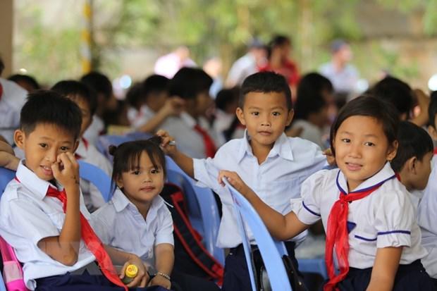 Vietnamese-Cambodian pupils in Phnom Penh start 2019-2020 new school year