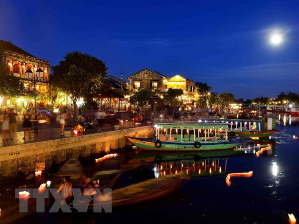 Hoi An takes measures to reduce single-use plastic products