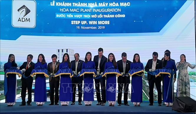 Animal feed plant of US group inaugurated in Ha Nam province