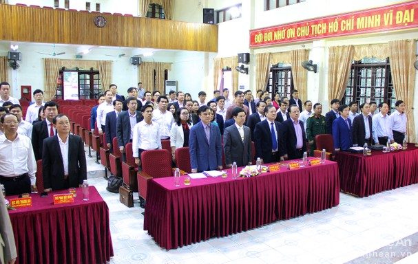 Nghe An trains personnel for key positions