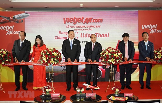 PM Nguyen Xuan Phuc attends commercial launch of Vietjet's new flights in Thailand